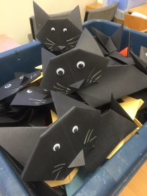 A box of origami cats - Moggies!
